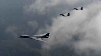 China lanza advertencia a un bombardero B-1B Lancer de EEUU