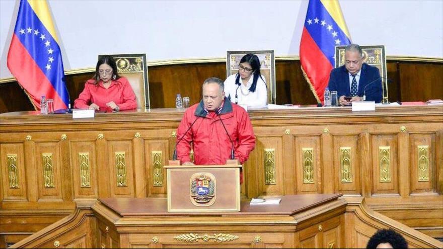 Constituyente venezolana convoca presidenciales para abril de 2018