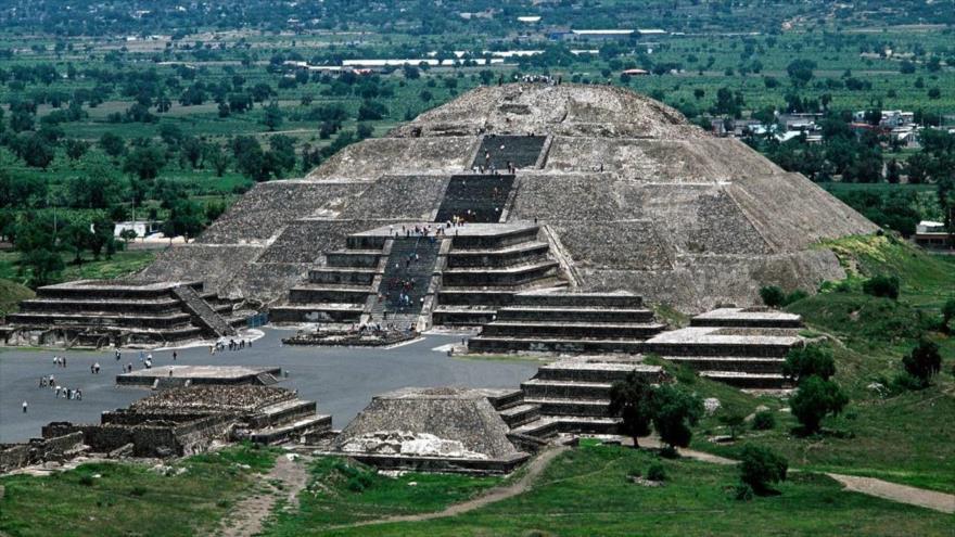 Una panorámica de las pirámides de Teotihuacán, ciudad sagrada situada a 60 kilómetros de la Ciudad de México.