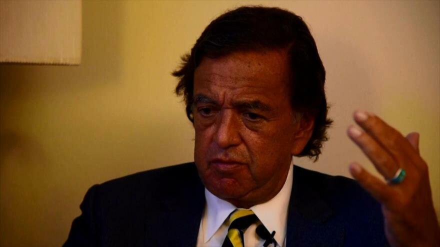 Dimite destacado miembro de panel para abordar crisis de rohingyas