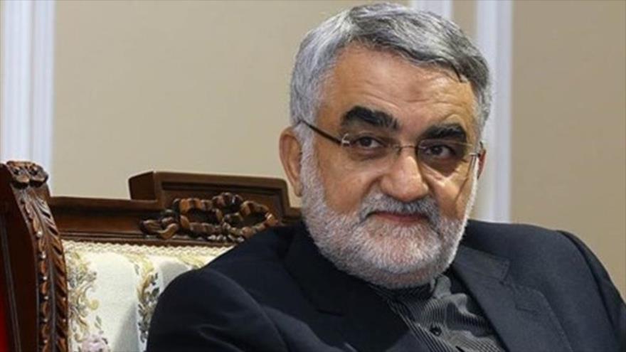 El presidente de la Comisión de Seguridad Nacional y Política Exterior del Parlamento de Irán (Mayles), Alaedin Boruyerdi.
