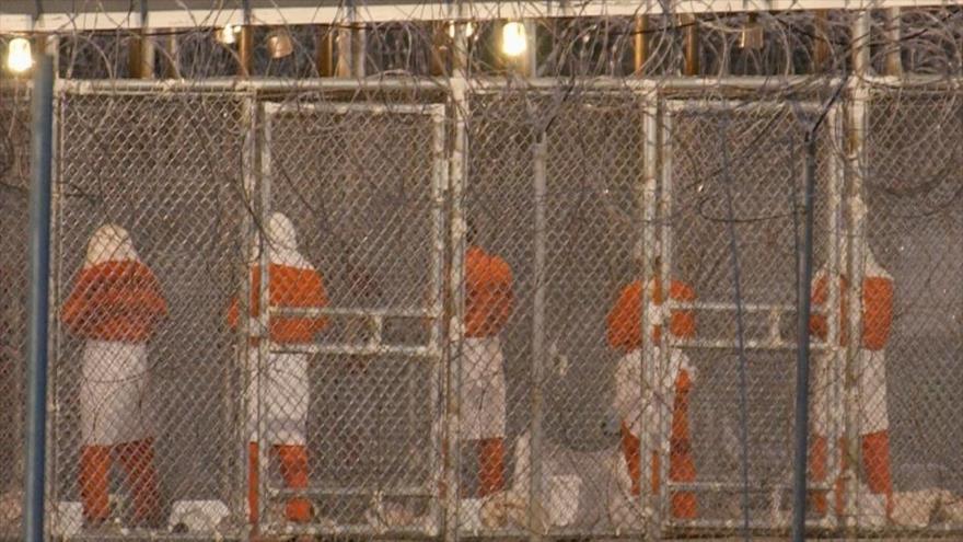 Detenidos en la cárcel militar de Guantánamo.
