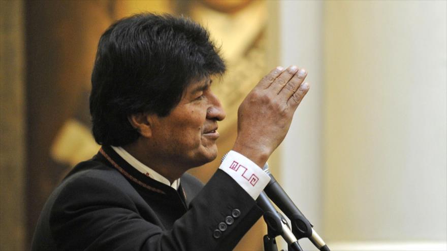 Chile vive del contrabando y lo aprovecha para dañarnos — Evo Morales