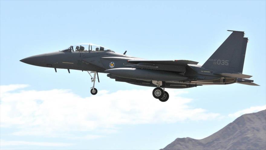Corea del Sur envía cazas para monitorear a avión militar chino