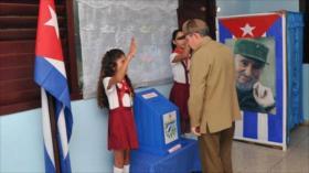 Cuba vota en legislativas que determinarán al próximo presidente