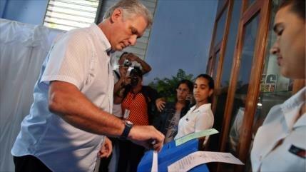 Posible sucesor de Raúl Castro promete actualizar economía de Cuba