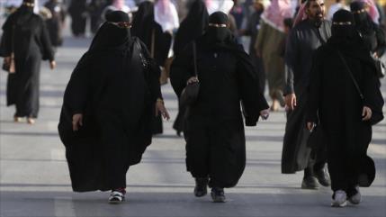 ONU exige a Arabia Saudí que deje de discriminar a las mujeres