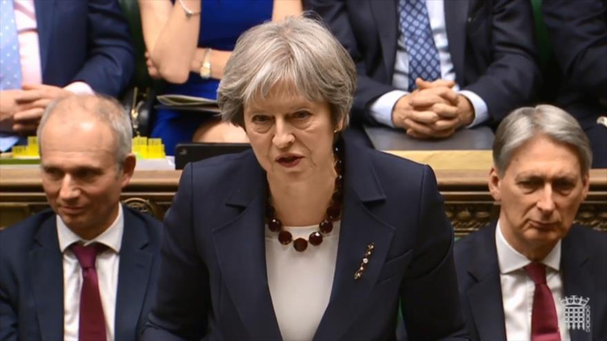 La primera ministra británica, Theresa May, ofrece un discurro en el Parlamento del Reino Unido, 14 de marzo de 2018.