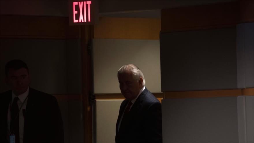Trump despidió a su secretario de Estado y lo anunció en Twitter