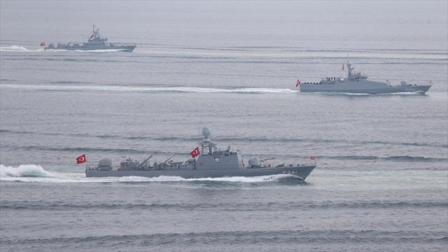 Turquía acuerda establecer una base naval en Catar | HISPANTV