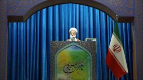 Clérigo: Enemigos buscan socavar la seguridad y economía de Irán