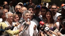 Allup considera 'locura' y 'suicidio' asistir a elecciones de mayo
