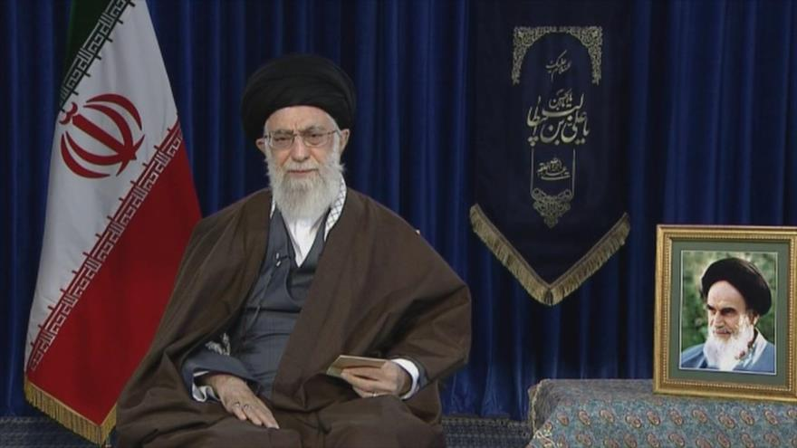 """Lema del Año Nuevo persa: """"Apoyar al producto iraní"""""""