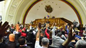 Venezuela aprueba pacto en rechazo de sanciones de EEUU a petro
