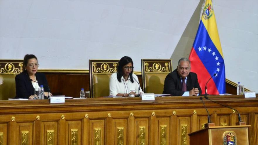 Constituyente venezolana aprueba decreto para regular criptoactivos