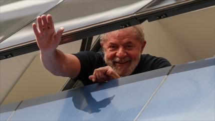 Proponen a expresidente Lula como candidato al Nobel de la Paz