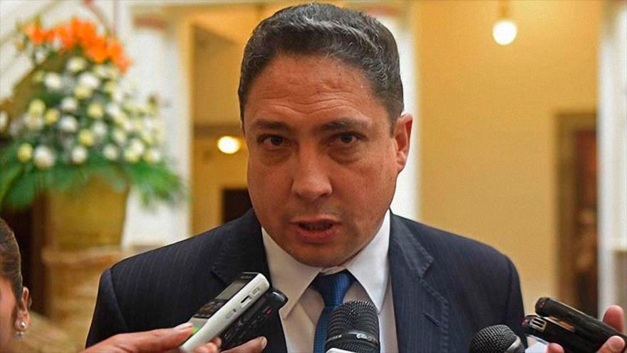 Arce desconoce facultades de Almagro en tema de reelección