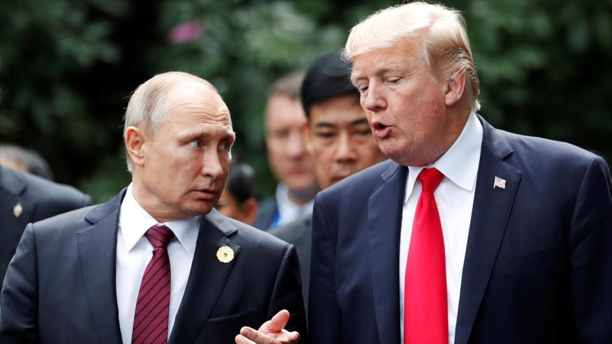 Trump reconoce tras su tuit bélico nueva 'guerra fría' con Rusia