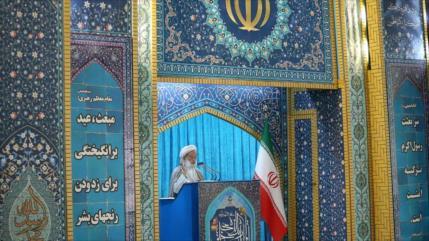 Clérigo iraní: Tríada EEUU-Israel-Riad crean grupos terroristas