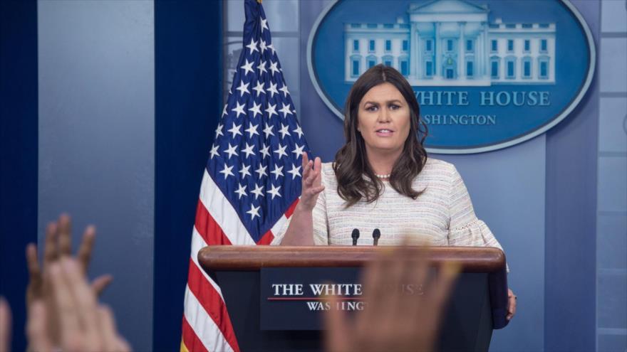 La portavoz de la Casa Blanca, Sarah Sanders, durante una conferencia de prensa, 11 de abril de 2018.