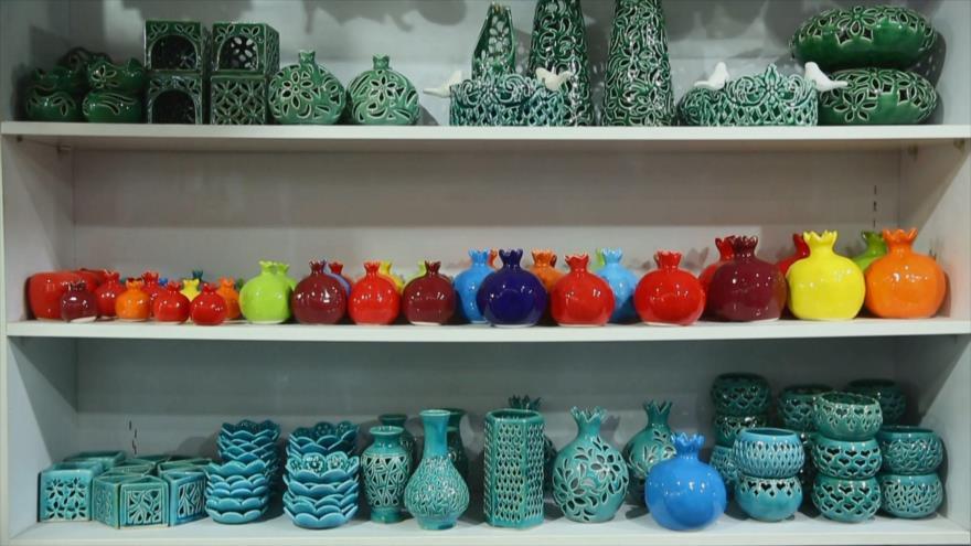 Irán: 1. El arte de cerámica en Natanz 2. Monumentos históricos de Saveh 3. Atracciones turísticas en Jorasán del Norte