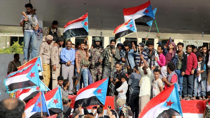 Fuerzas separatistas del sur de Yemen, apoyadas por los Emiratos Árabes Unidos (EAU) en la ciudad de Adén.
