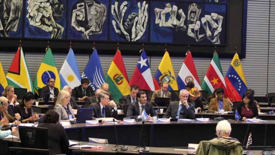 Ofensiva de la derecha regional: seis países suspenden su participación en Unasur