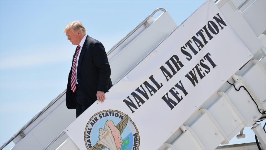 Demócratas demandan a Trump, Rusia y Wikileaks por injerir en comicios