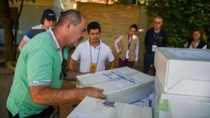 Abren los centros de votación para las presidenciales en Paraguay