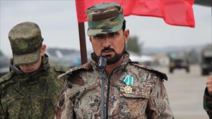 Vídeo: Militares rusos escoltan a jefe de Tigres sirios, Suheil