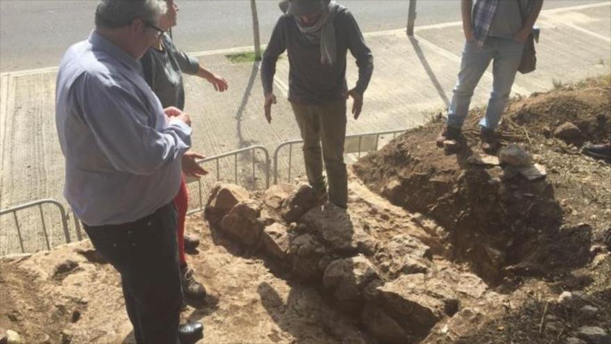Muros encontrados en la excavación del terreno conocido como Puig Pelòs, ahora una zona verde de Cunit, en España.