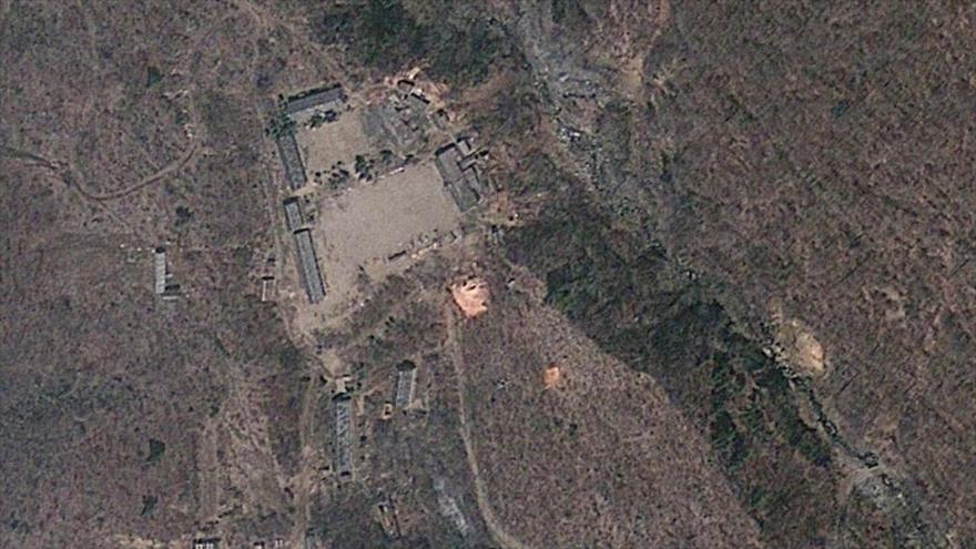 Una vista satelital de la base Punggye-ri, sitio de pruebas nucleares de Corea del Norte.