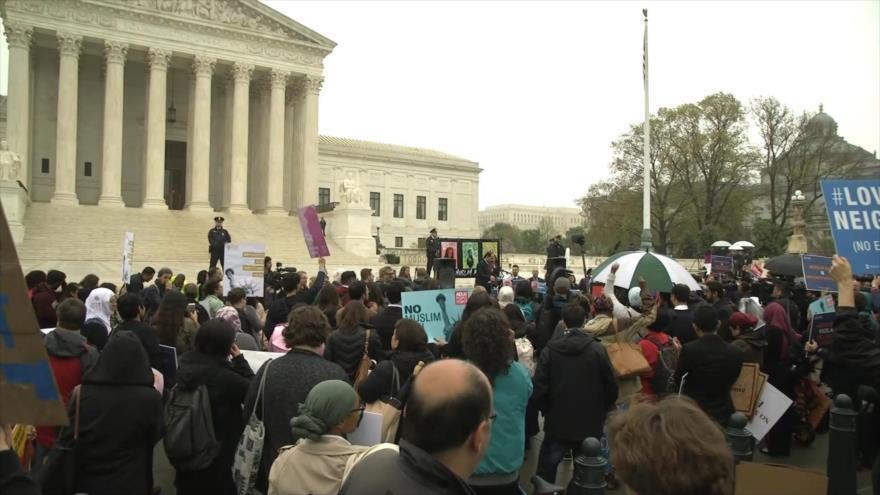 Estadounidenses se movilizan contra islamofobia del Gobierno