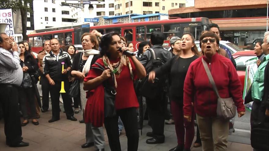 Correístas exigen al CNE de Ecuador inscripción de su movimiento