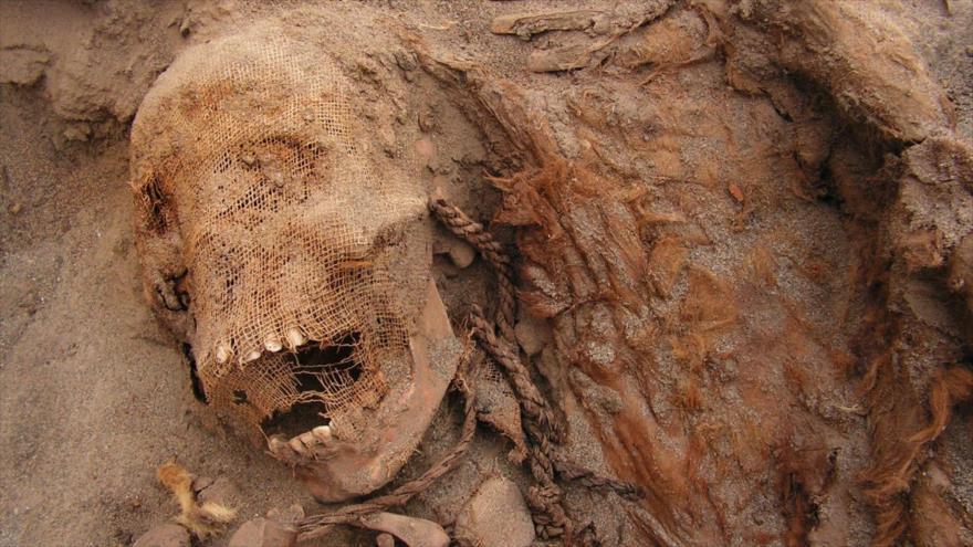 Hallan restos de 140 niños sacrificados hace 500 años en Perú | HISPANTV