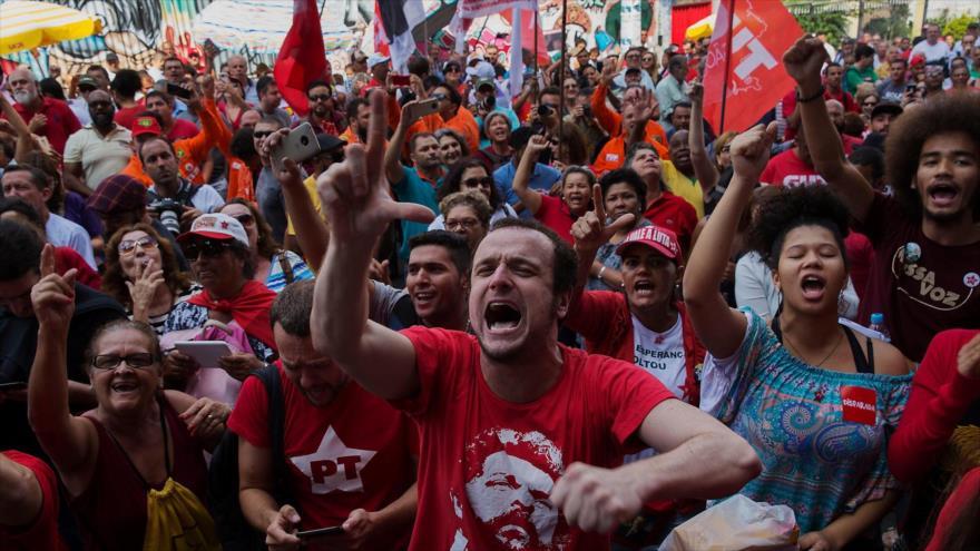 Brasil| El festejo del día del trabajador estuvo bajo el lema 'Lula libre'