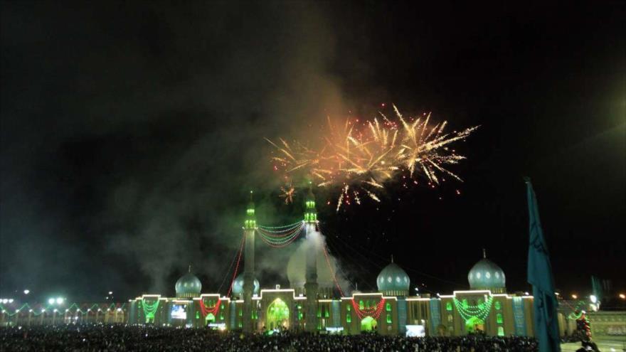 Iraníes junto al mundo musulmán celebran natalicio del Imam Mahdi