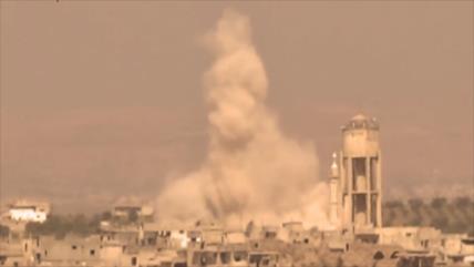 Vídeo: Cazas rusos arrasan base subterránea de rebeldes en Hama