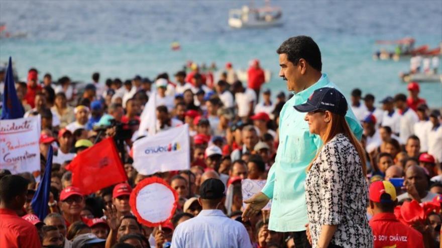 Maduro denuncia la postura pro estadounidense de la oposición