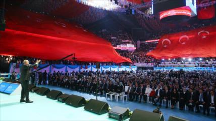 Erdogan anuncia que Turquía lanzará nuevas operaciones en Siria
