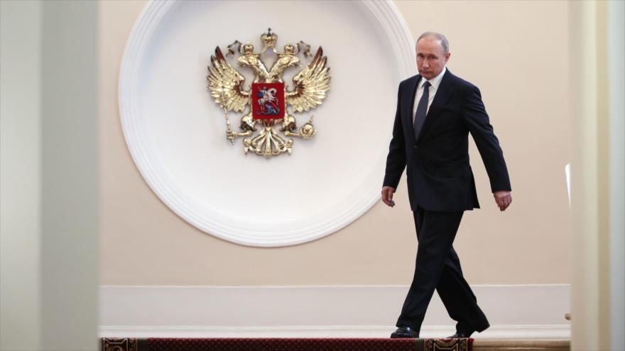 Putin es investido como presidente de Rusia para otros 6 años