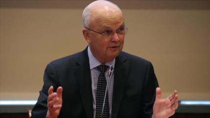 Exjefe de CIA: Trabajar para Trump daña 'credenciales personales'