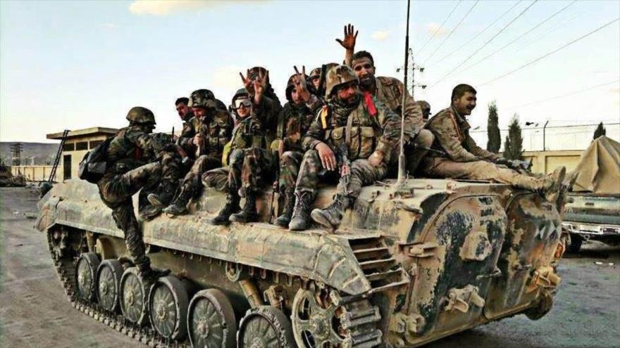 Fuerzas sirias arrebatan a Daesh 1500km cuadrados en Deir Ezzor