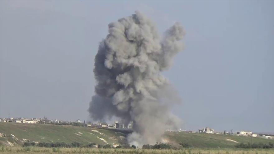 Vídeo: Cazas rusos destruyen sede de Ejército Libre Sirio en Hama