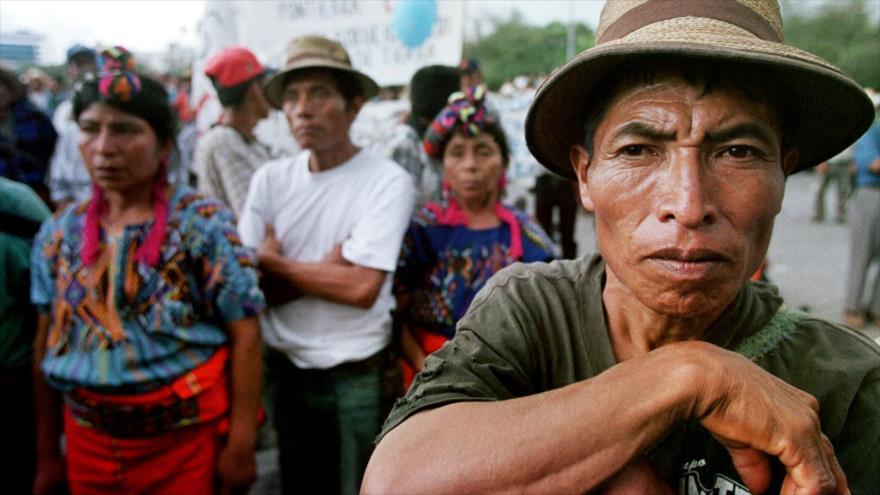 Indígenas guatemaltecas durante una manifestación contra el Gobierno guatemalteco por matanza de protestante, Ciudad de Guatemala, la capital.