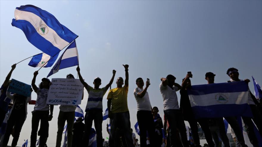 Nicaragüenses exigen renuncia de Ortega