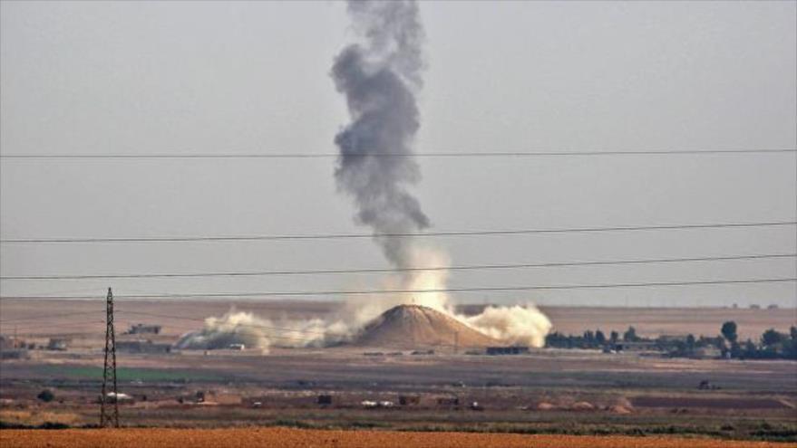 Un ataque aéreo de la coalición anti-Daesh liderada por EE.UU. cerca de la aldea siria de al-Hisha, en Al-Raqa, 9 de noviembre de 2016.