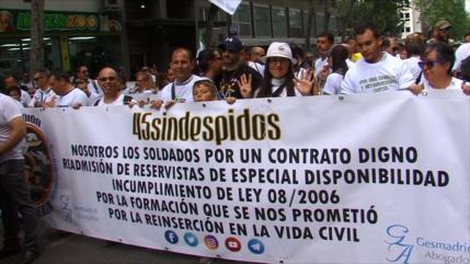 Militares reclaman derechos frente a Ministerio de Defensa español