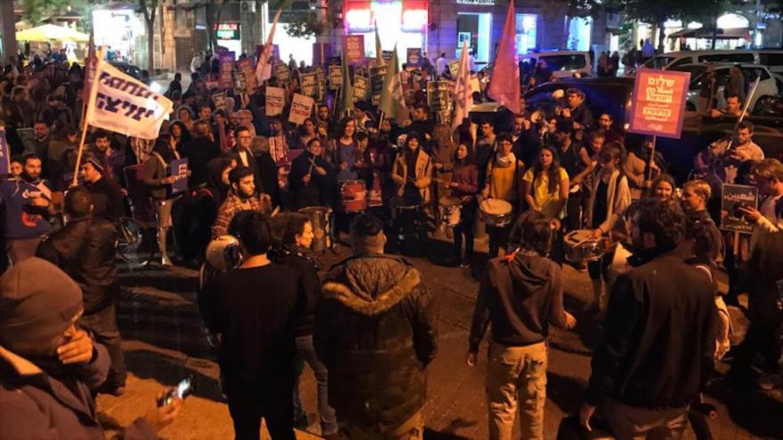 Israelíes protestan contra traslado de embajada de EEUU a Al-Quds