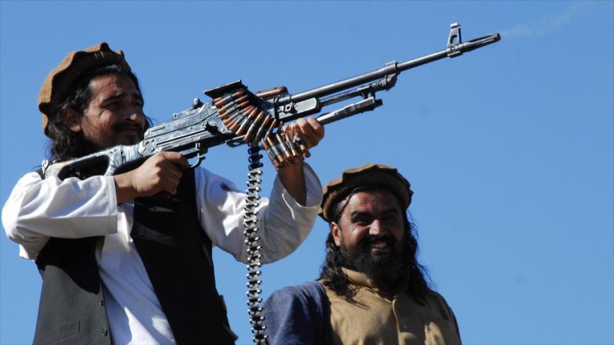 Talibán lanza una ofensiva contra ciudad afgana de Farah